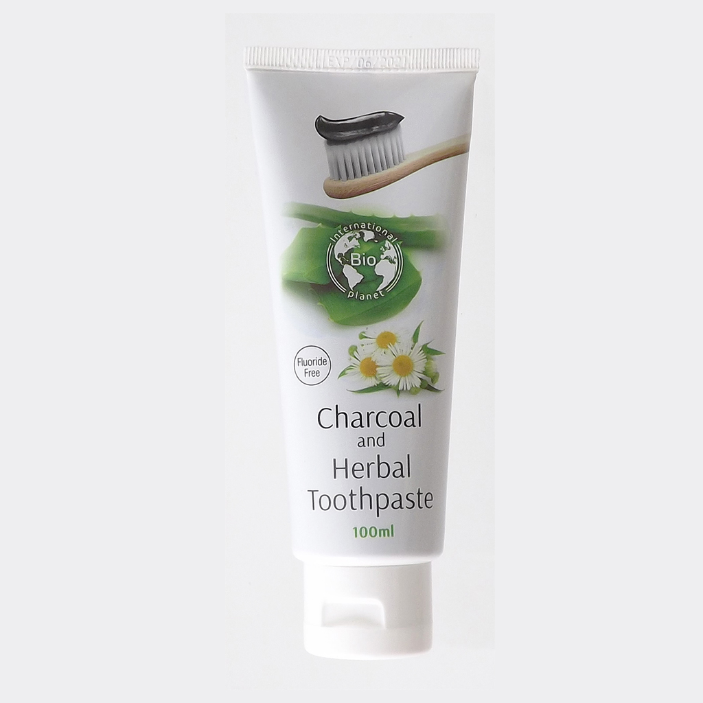 Toothpaste with activated charcoal and herbs
